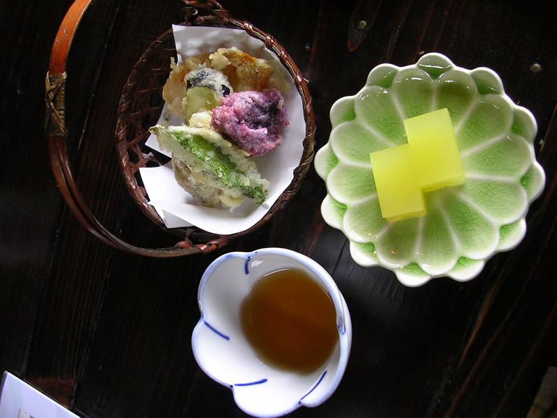 山の茶屋 楽水