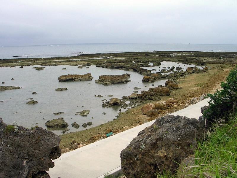 知名埼の海岸