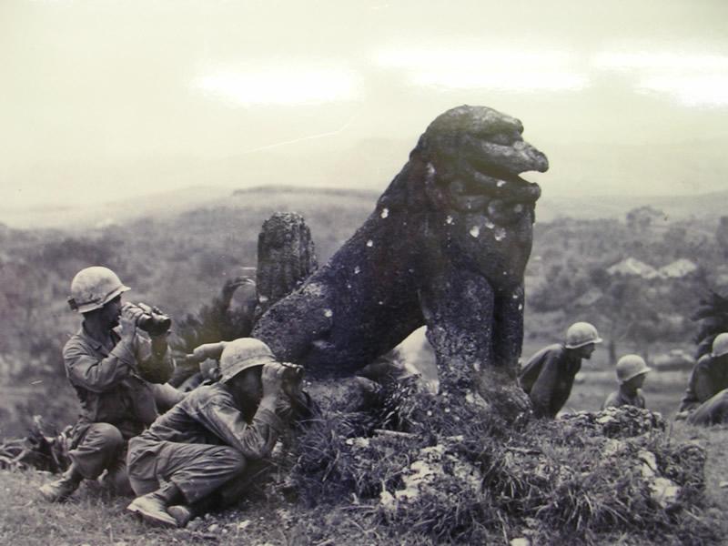 富盛の石彫大獅子